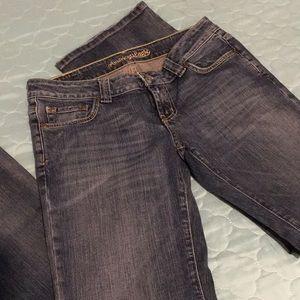 AE Jeans Sz 6L